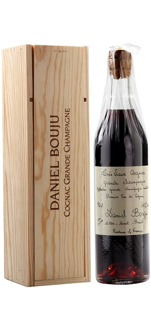 "Коньяк Daniel Bouju, ""Tres Vieux"", wooden box, 0.7 л"