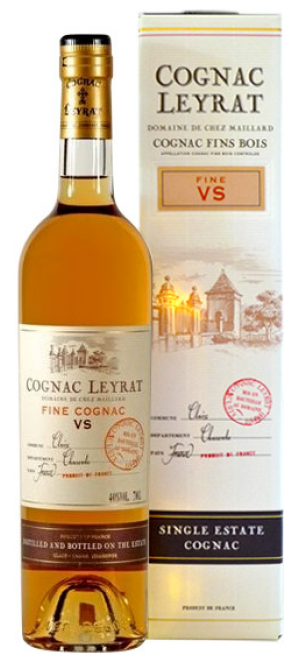 Коньяк Leyrat VS, gift box, 0.7 л