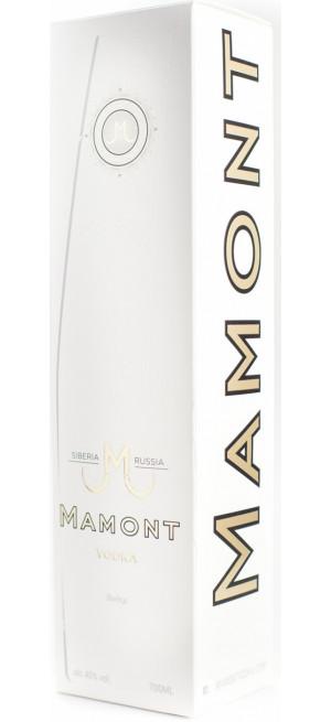 """Водка """"Мамонт"""", в подарочной коробке, 0.7 л"""