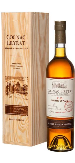 """Коньяк """"Leyrat"""" XO Hors d'Age, wooden box, 0.7 л"""