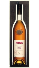 """Коньяк Hine, Vintage """"Early Landed"""", 1986, in wooden box, 0.7 л"""