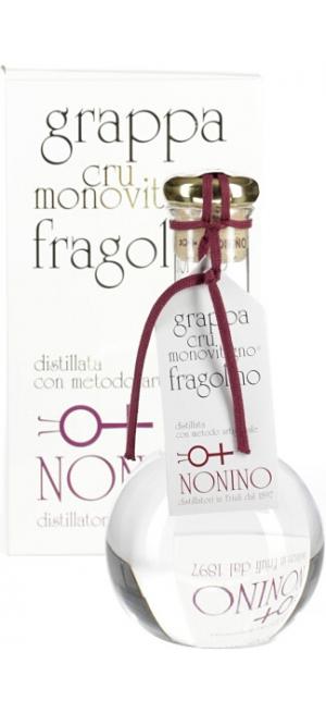 Граппа Cru Monovitigno Fragolino, gift box, 0.5 л