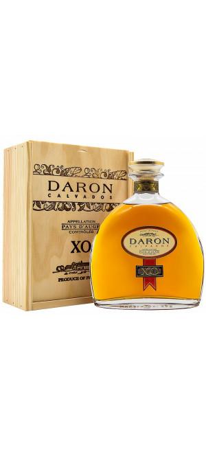 """Кальвадос """"Daron"""" XO, Calvados Pays d'Auge AOC, 0.5 л"""