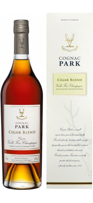 """Коньяк """"Park"""" Cigar Blend, gift box, 0.7 л"""