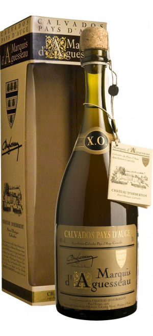 Кальвадос Marquis d'Aguesseau, XO, 20 Ans, gift box, 0.7 л