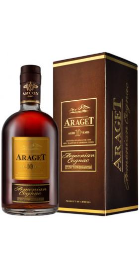 "Коньяк ""Araget"" 10 Years Old, gift box, 0.5 л"