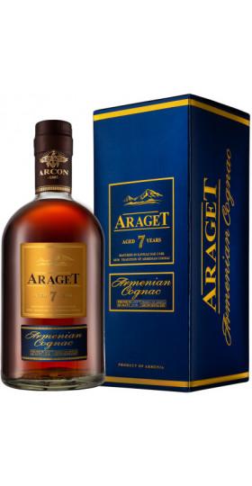 "Коньяк ""Araget"" 7 Years Old, gift box, 0.5 л"