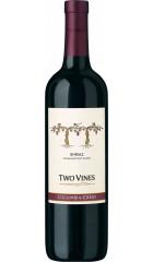 "Вино ""Two Vines"" Shiraz, 2015, 0.75 л"
