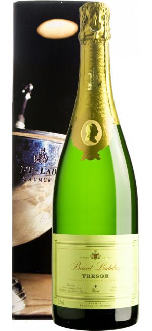 """Игристое вино Bouvet Ladubay, """"Tresor"""" Brut, Saumur AOC, 2016, gift box, 0.75 л"""