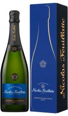 "Шампанское Nicolas Feuillatte, ""Reserve Exclusive"" Brut, gift box, 0.75 л"