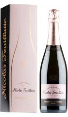 Шампанское Nicolas Feuillatte, Reserve Exclusive Rose Brut, gift box, 0.75 л